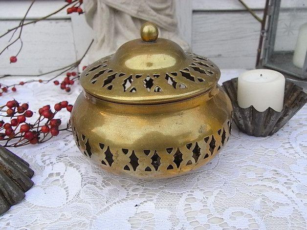 Vintage Aufbewahrung - Messing Dose Duftpotbourri Windlicht shabby chic - ein Designerstück von artdecoundso bei DaWanda
