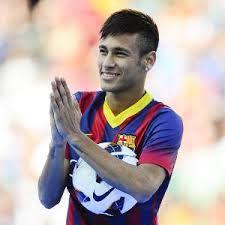 Isu Transfer Neymar Diharapkan Diakhiri – Isu soal transfer Neymar dari Santos ke Barcelona yang berbau kontroversial diharapkan oleh sang ayah pemain, Neymar Sr, diakhiri.
