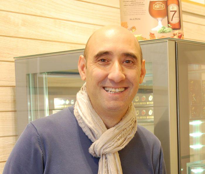 Polentamisù, un gioco di parole fra polenta e tiramisù, è l'innovativa idea di Massimiliano D'Arrigo per proporre con un facile sistema take away.