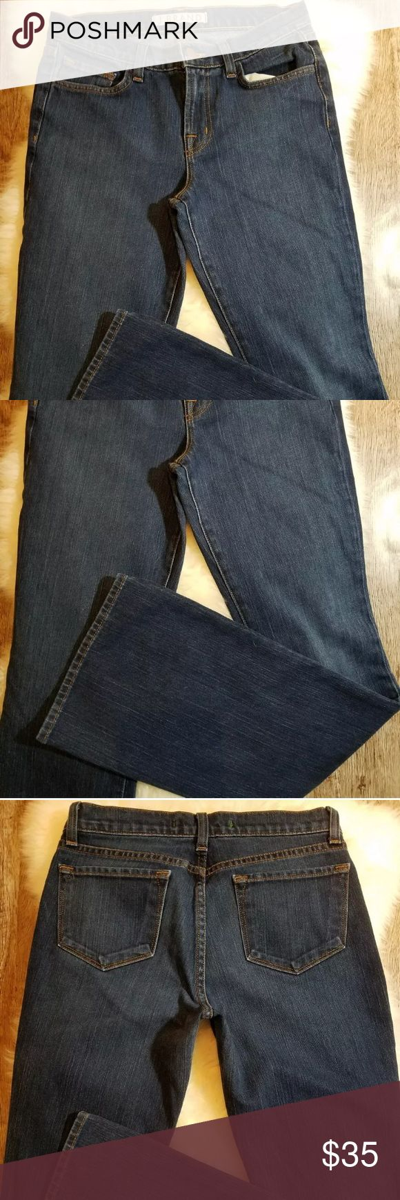 """J. Brand Dark Wash Bootcut Jeans Size 26 A-B6 J. Brand Womens Jeans Low Rise Dark  Wash Boot Leg Size 26 32"""" Inseam A-B6 Classic Style! This listing features popular J. Brand jeans with classic 5 pocket look, dark wash, low rise, Bootcut. Excellent Pre-Owned condition. INSEAM: 32"""" WAIST: 26"""" RISE: 8.5"""" ALL ITEMS FROM SMOKE FREE HOME Thanks for looking!  #A-B-6 J Brand Jeans Boot Cut"""