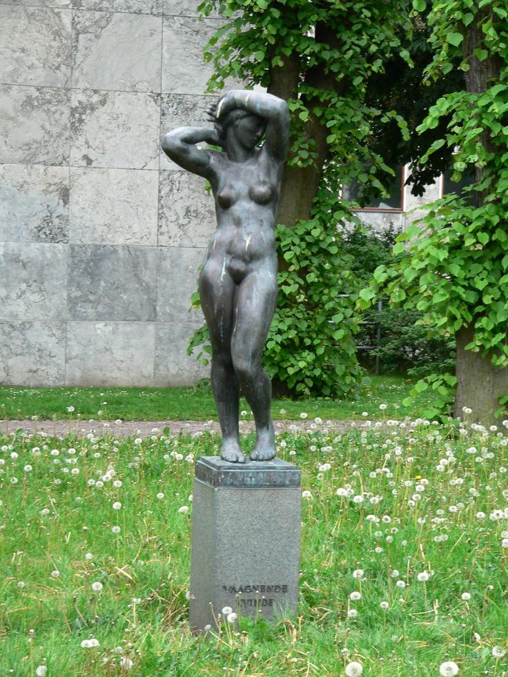 """""""Aarhuspigen"""" - Vaagnende Kvinde [Awakening Woman]"""