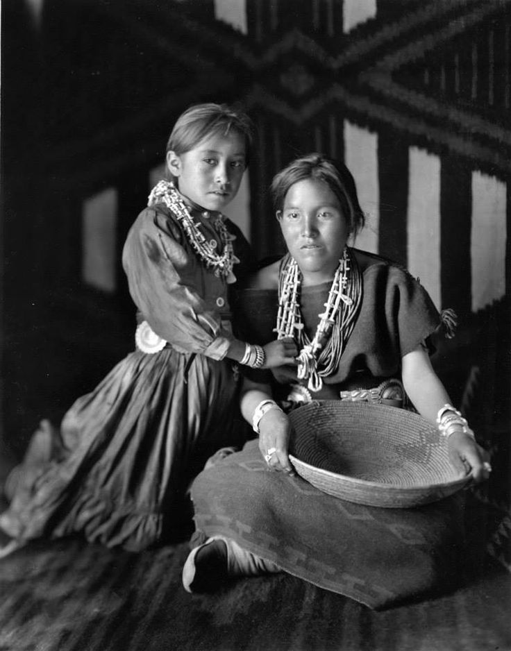 Annie Dodge And Her Mother Keehanabah Aka Mary Shirley