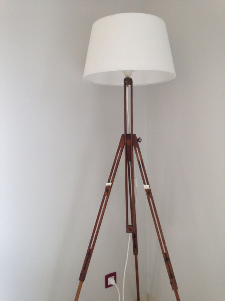 Chevalet transformé en lampadaire