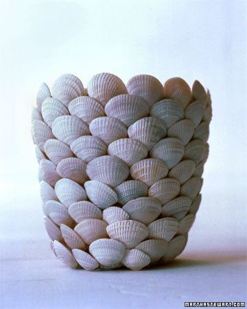 Shell containers & frames are great for all those shells left from beach trips. I like the monochromatic look best.