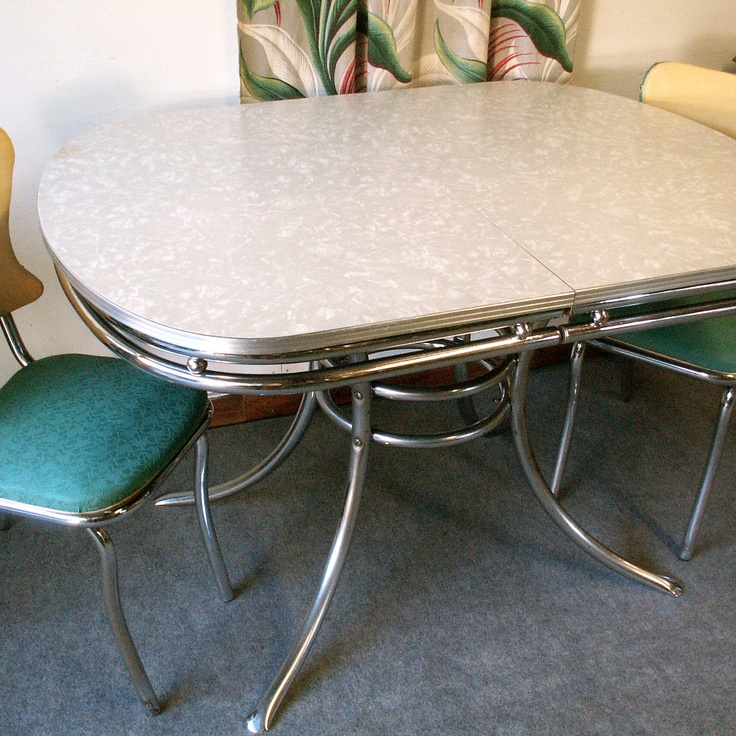 vintage chrome and formica table with two chairs via etsy 1950 39 s formica and pyrex. Black Bedroom Furniture Sets. Home Design Ideas