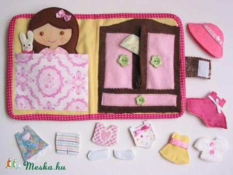 Öltöztetős baba kisnyuszival és 12ruha darabbal, Baba-mama-gyerek, Játék, Baba, babaház, Készségfejlesztő játék, Meska
