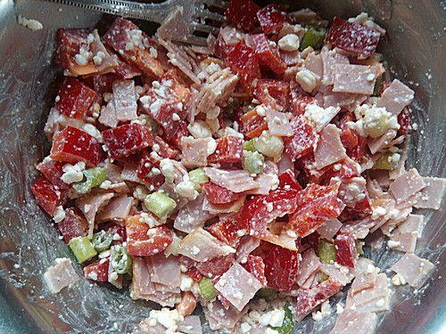 Low Carb Hüttenkäse Salat (Rezept mit Bild) von chaozfee | Chefkoch.de