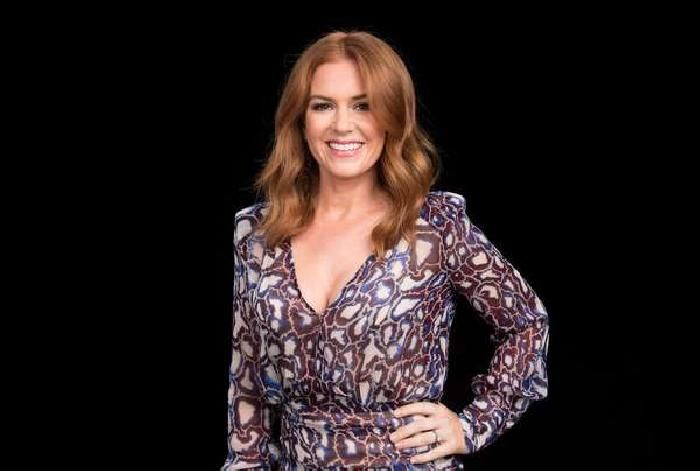 """Isla Fisher Chats About Her New Children's Book, """"Marge in Charge"""""""