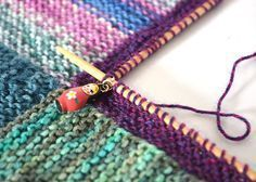 How to Knit a Mitred Square Blanket: useful demo and explanation