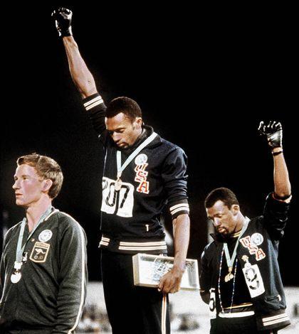 Mexico 68: Smith et Carlos un poing levé contre le racisme - Histoire du sport