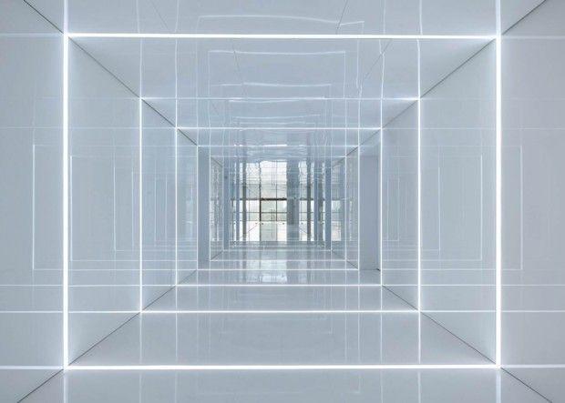 Les 25 meilleures id es de la cat gorie plafond de verre for Miroir au plafond pourquoi