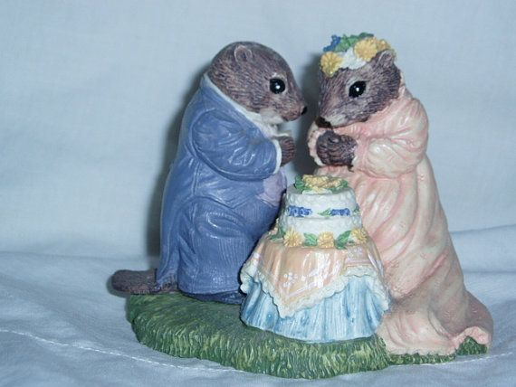 Beaver Wedding Figurine Bywater Hollow by KatesBoutique4u2 on Etsy
