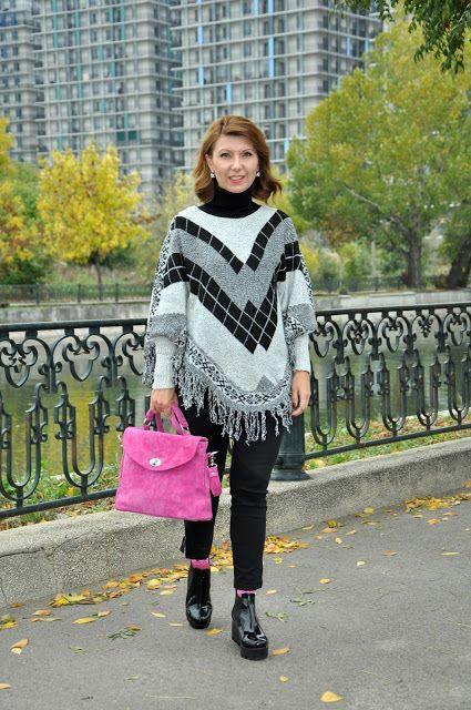 Poncho style  Pink bag Autumn style Fashion blogger
