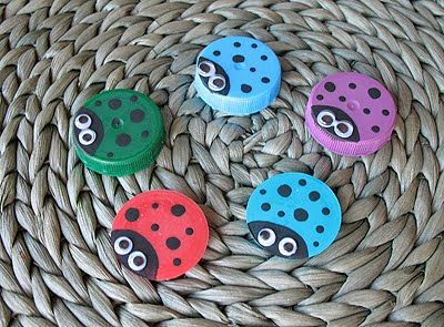 Plastic Lid Ladybugs - what to do with all those plastic lids... they would make great magnets or even turn them into photo magnets! Cute!