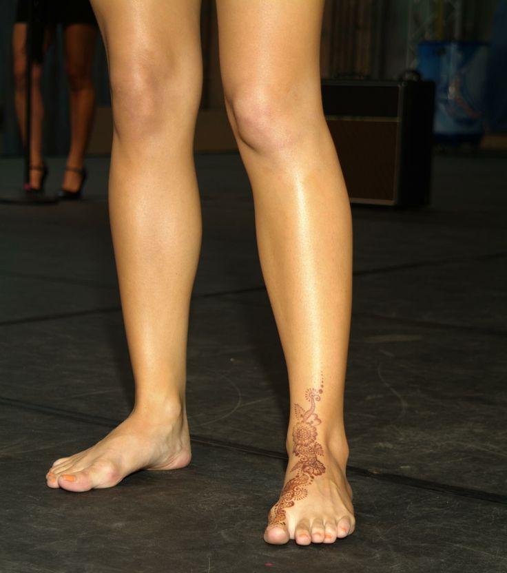 katharine mcphee feet