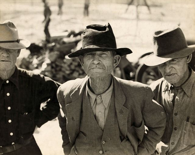 Former tenant farmers on relief grant in the Imperial Valley, California; photo by Dorothea Lange -- Eyes of the Great Depression 102