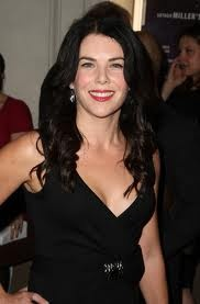 Lauren Graham, my favorite fast-talking leading lady, funniest tv mom and my hair icon. You rock!