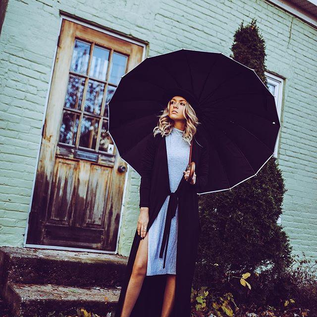 This Dress, BELLA 🖤 (shop this look at joelledesaulniers.com)