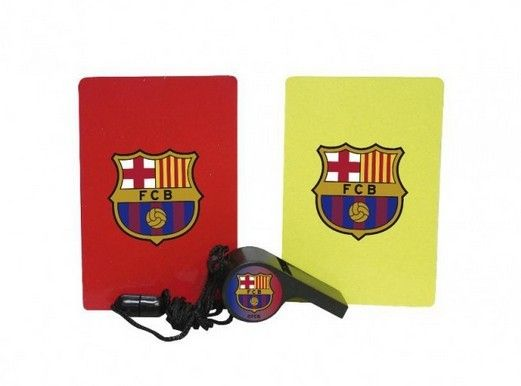 FCB Referee Set.. great favor idea! More at www.partyweb.us #FC Barcelona #Barça #favor #soccerparties