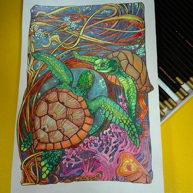#manicbotanic #irinavinnik #zifflin #sea🌊 #kolorowankidladorosłych #adultcolouringbook #kolorowanki #polishcolours🇵🇱 #kredkipuff #kredki #kredkifabercastell #żółwie #colors  #relax #fun
