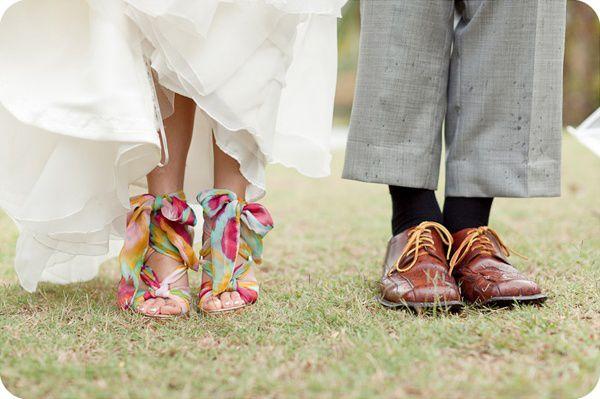 PRINTED WEDDING SHOES / NOVIAS CON ZAPATOS DE COLOR V.3