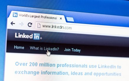 LinkedIn for Educators: Add these 5 easy tips to your summer PD