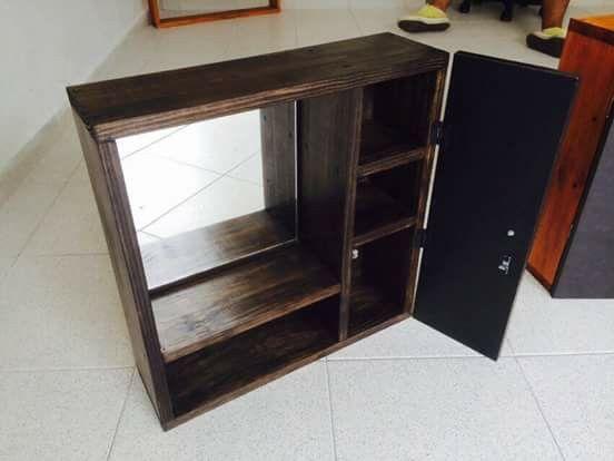 gabinete baño madera pino palets