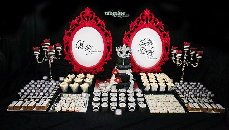 Fifty shades of Grey dessert table // sweet table