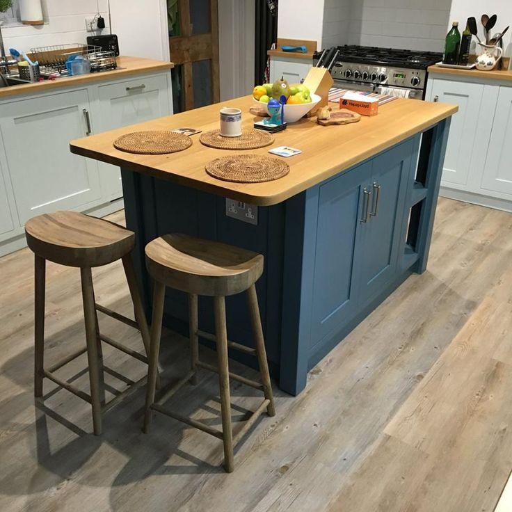Bespoke And Handmade Kitchens: Tom Howley Kitchens, Grey Shaker Kitchen And