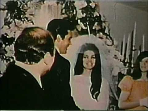 Elvis' Wedding: Even as big as Elvis was- weddings back then were not like they are today!  Big Money today!!