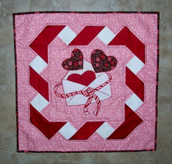 144 best images about Quilt Border and Embellishment Ideas on Pinterest Valentines, Quilt and ...
