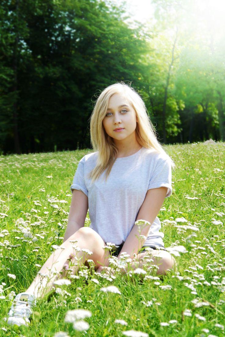 #photography #photo #model #modeling #girl #snap #sun #flowers #blonde #angel