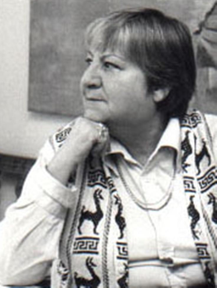 GLORIA FUERTES (1918-1998)    Poeta y narradora española, nacida en Madrid.   Es autora de una extensa obra dedicada al público infantil, tanto en prosa y verso como en teatro. También ha compuesto las letras de numerosas canciones infantiles, y presentado varios programas de televisión.  Amplía información en:  http://www.gloriafuertes.org/biografia.htm   http://www.cervantesvirtual.com/bib/bib_autor/Fuertes/  http://es.wikipedia.org/wiki/Gloria_Fuertes