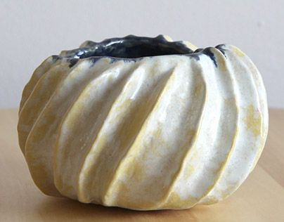 "Check out new work on my @Behance portfolio: ""seashell ceramic bowl"" http://be.net/gallery/34366787/seashell-ceramic-bowl"