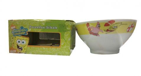 SpongeBob - Porcelánová miska. Velká porcelánová miska s veselými obrázky SpongeBoba a Patrika vám pomohou každé ráno zdravě snídat! Misku je možné mýt v myčce i ohřívat v ní jídlo v mikrovlnce.