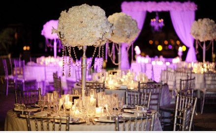 finally!: Receptions Centerpieces, Ideas, Flower Centerpieces, Pretty Centerpieces, Weddings, Beautiful Centerpieces, Wedding Reception, Wedding Lights, Wedding Centerpieces