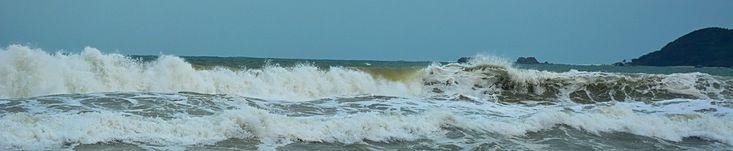 Sanya Trip: Haitang Bay Waves Photos