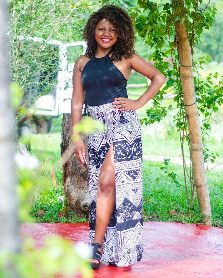Minha melhor modelo me acompanha sempre.  #instagram #negra #mulheres #bonitas #beautiful #nikon #modelo #beleza #amor #love