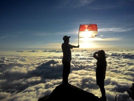 Samudera awan gunung Sindoro