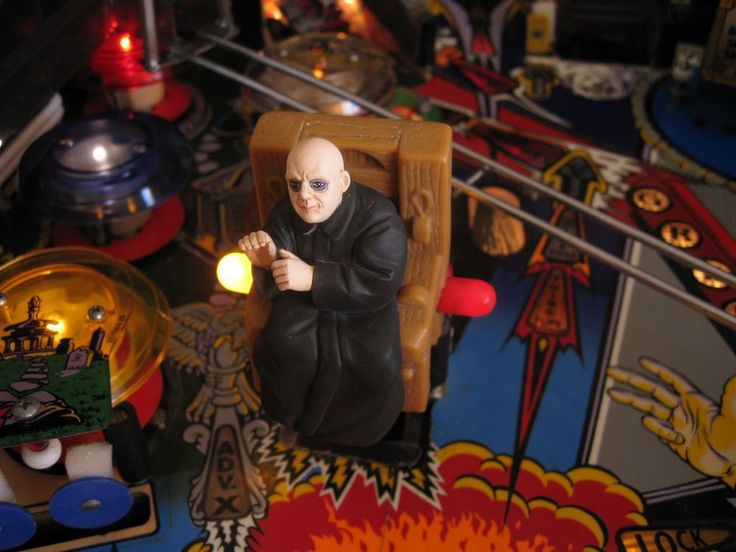THE ADDAMS FAMILY PINBALL - UNCLE FESTER  [pinball flipper mod]