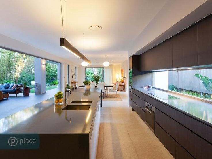 Glass window splashback