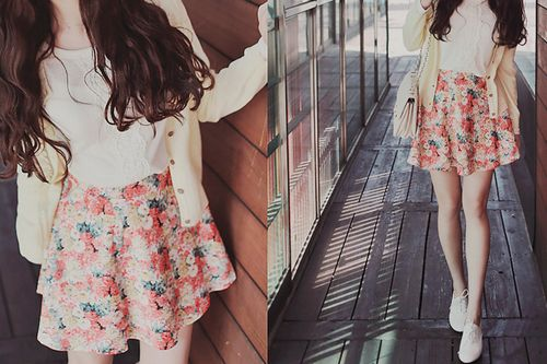 #Kfashion This is so my fashion I love floral patterns