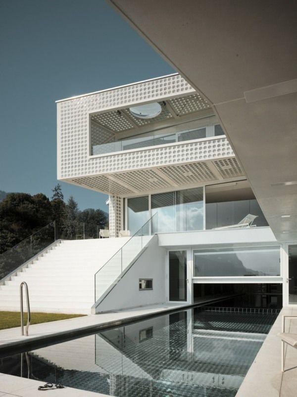 Luxus Haus-moderne Fassade Schwimmbad Freien