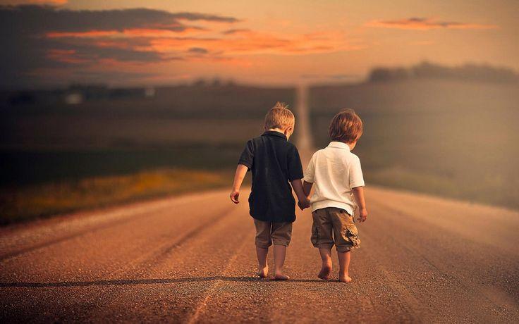 Seja amável com todo mundo, nunca se sabe pelo que o outro está passando.