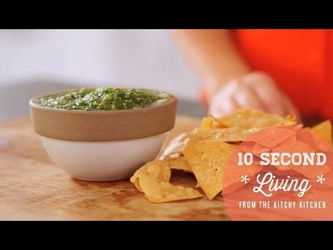 How to Make Salsa Verde // 10 Second Living