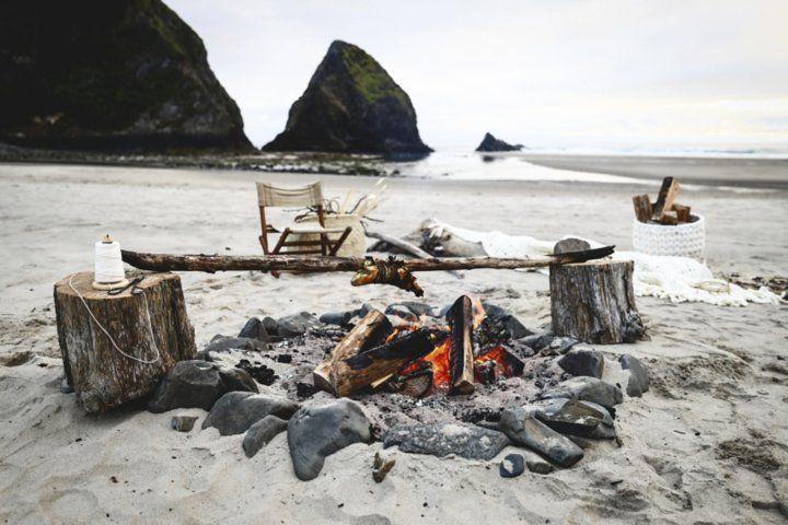 How to Throw a Dinner Party on the Beach | CB2 Blog