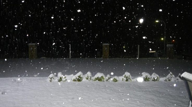Snow at Lithgow was over 10cm deep.