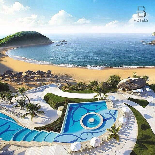 Huatulco, Mexico Hotel: Secrets Huatulco Resort & Spa Via: @turismodelbueno Tag your best hotel photos #BeautifulHotels