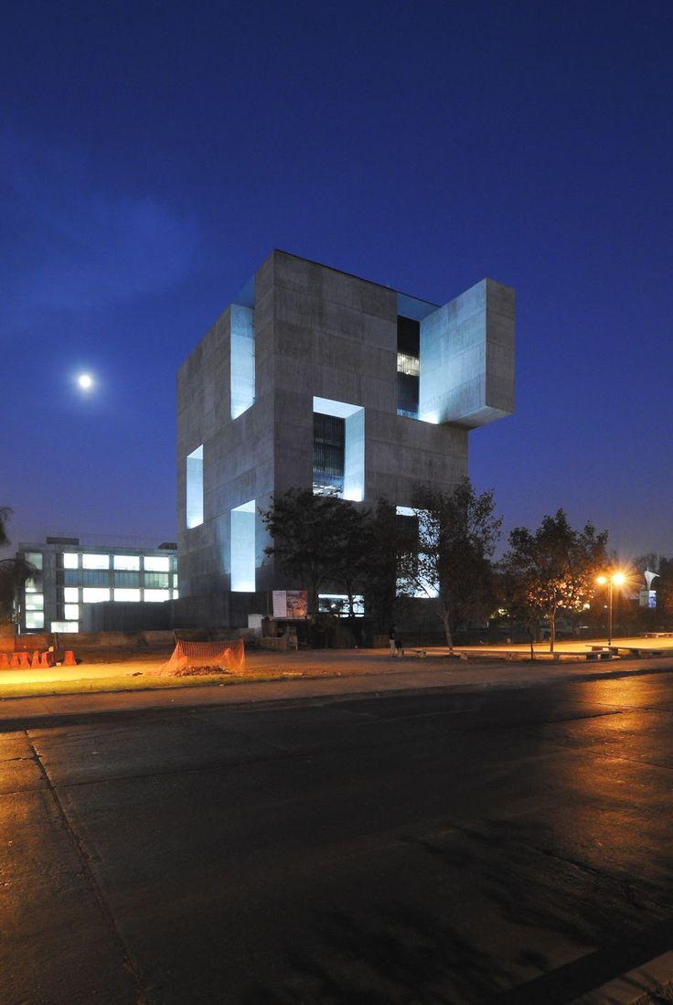 Alejandro Aravena + ELEMENTAL centro de innovación uc - anacleto angelini . santiago #architecture