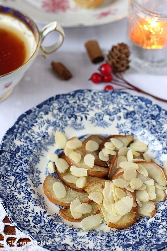 Mele caramellate alle mandorle, sul mio blog, la cuoca eclettica, la ricetta